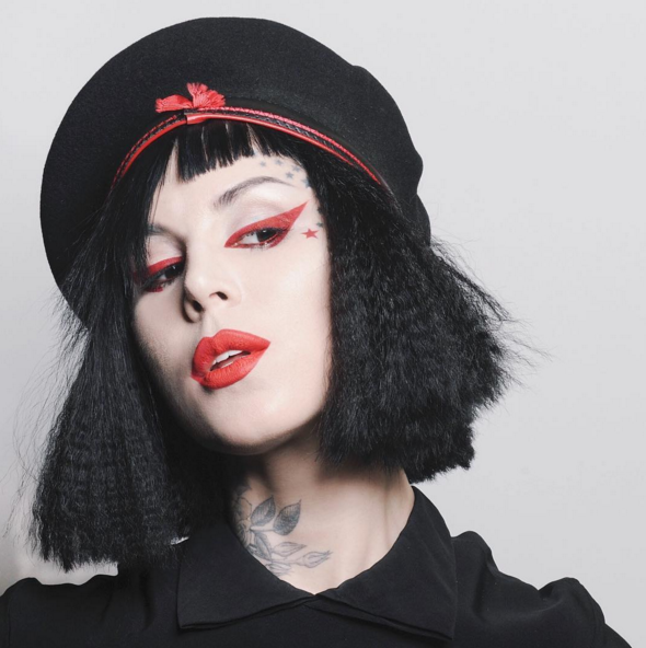 Plagio di colori per il make up: Kat Von D contro Makeup Revolution