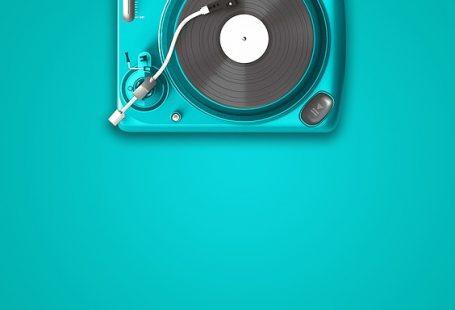 Musica di sottofondo con e senza copyright
