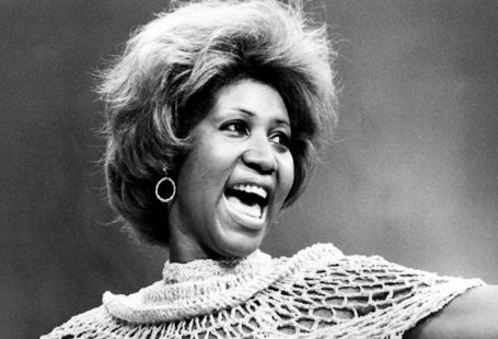 Girare un documentario su Aretha Franklin dandi media